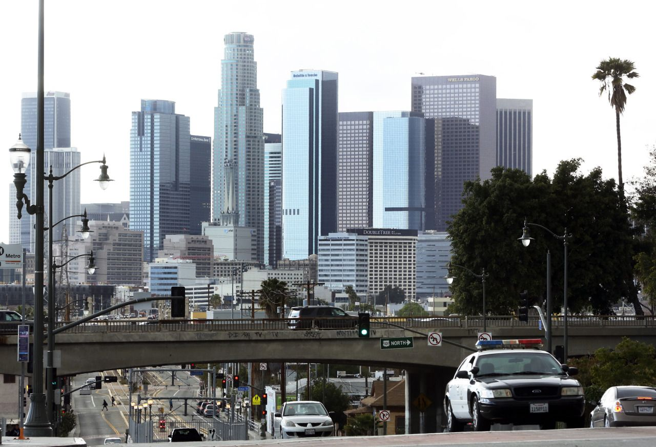 Vista del centro de Los Ángeles desde el vecindario de Boyle Heights, uno de los más afectados por la contaminación del aire. /Archivo