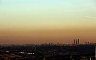 Ciudadanos de Madrid y Barcelona no están nada satisfechos con el aire que respiran