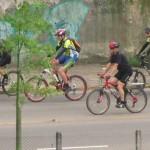 Ciclistas, los más afectados por la contaminación del aire en Bogotá