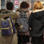 La contaminación del aire puede retrasar la primera regla de las niñas