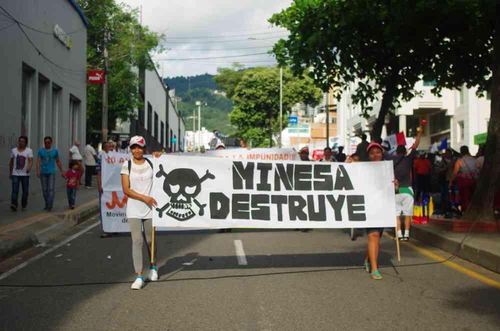 Los habitantes de los dos santanderes han adelantado varias marchas en rechazo a la minería en el páramo de Santurbán. Foto: archivo/Semana.