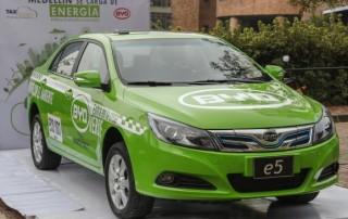 La electricidad será el combustible de los nuevos taxis de Medellín